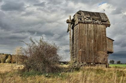 woj. lubuskie - zabytki - wiatrak w Tylewicach
