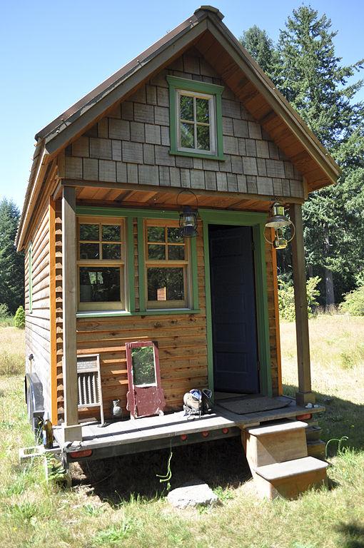 drewniany dom 35 m2 na zgłoszenie