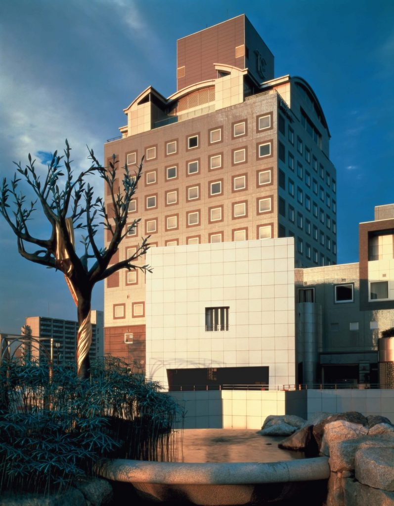 Arata Isozaki, Tsukaba Center Building (1983), photo courtesy of Yasuhiro Ishimoto