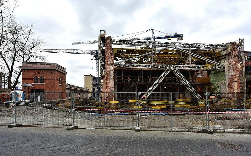 Zniszczenie i rewitalizacja Elektrowni Powiśle w Warszawie