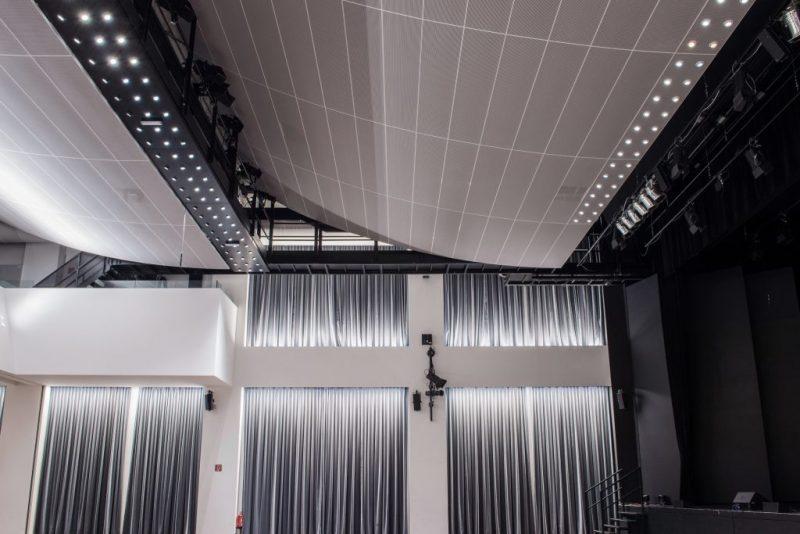 Austriacki Theatre Auditorium In der Wirke - armstrong