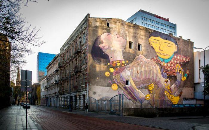 Mural w Łodzi. Autor OS GEMEOS & ARYZ
