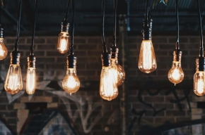 oświetlenie w salonie, jadalni, kuchni