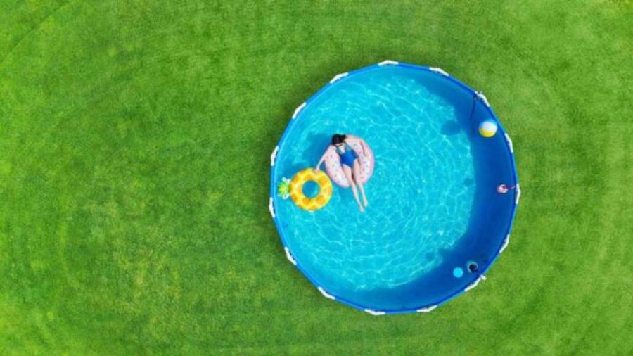 czy-warto-kupic-basen-ogrodowy