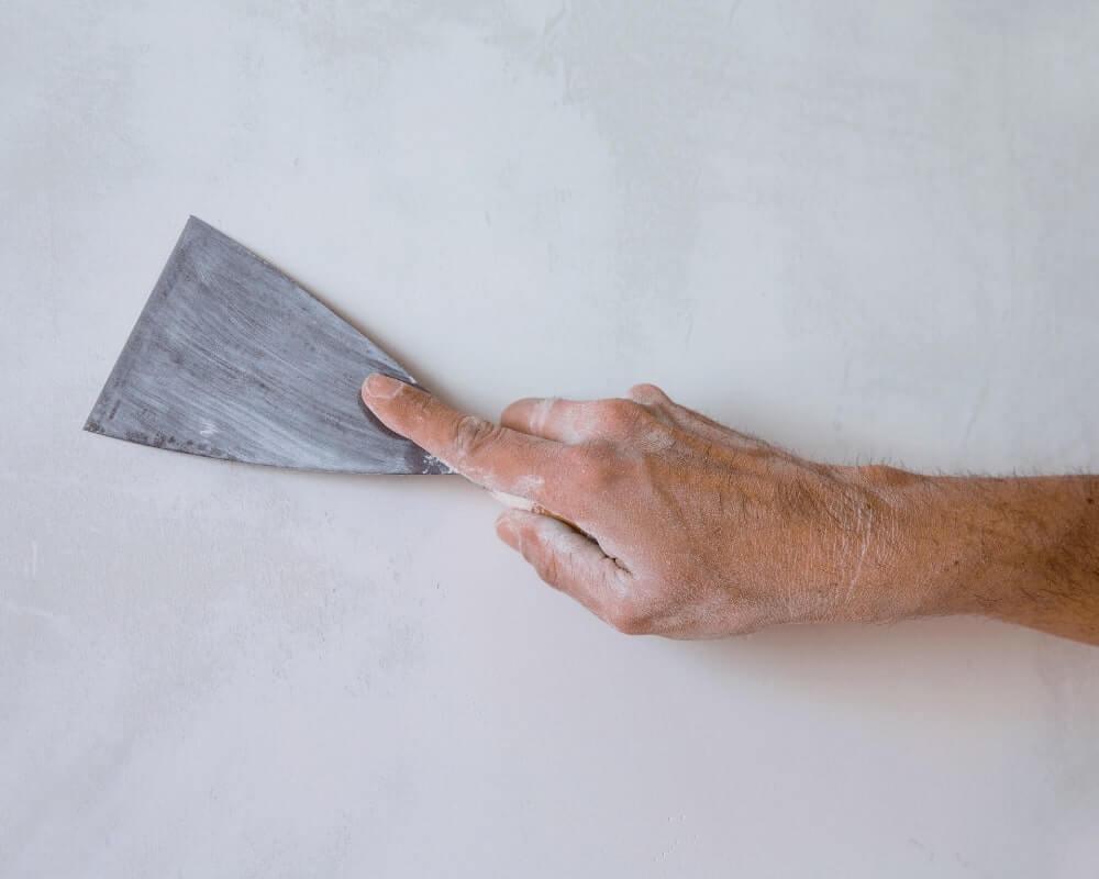 Tynki cienkowarstwowe: ich rodzaje i zadania