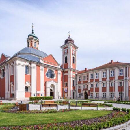 klasztor cysterek w Owińskach