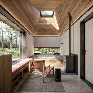 hotel modułowy w lesie